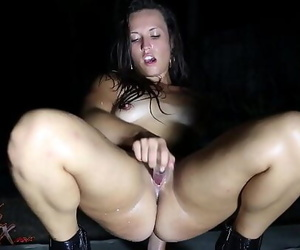 Kelsi Monroe Dirty dances..